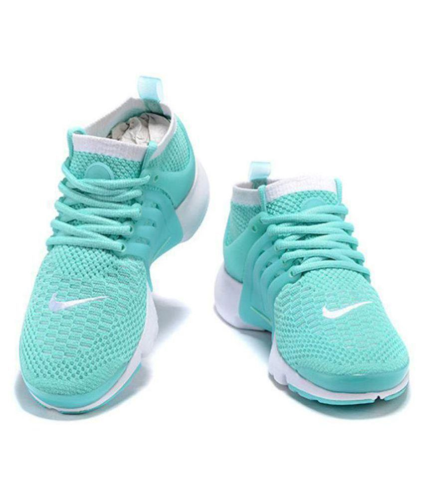 online store a5568 f2b4a Nike Air Presto Flyknit Green Running Shoes - Buy Nike Air Presto Flyknit  Green Running Shoes Online at Best Prices in India on Snapdeal