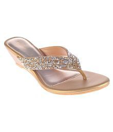 Khadim's Gold Wedges Heels