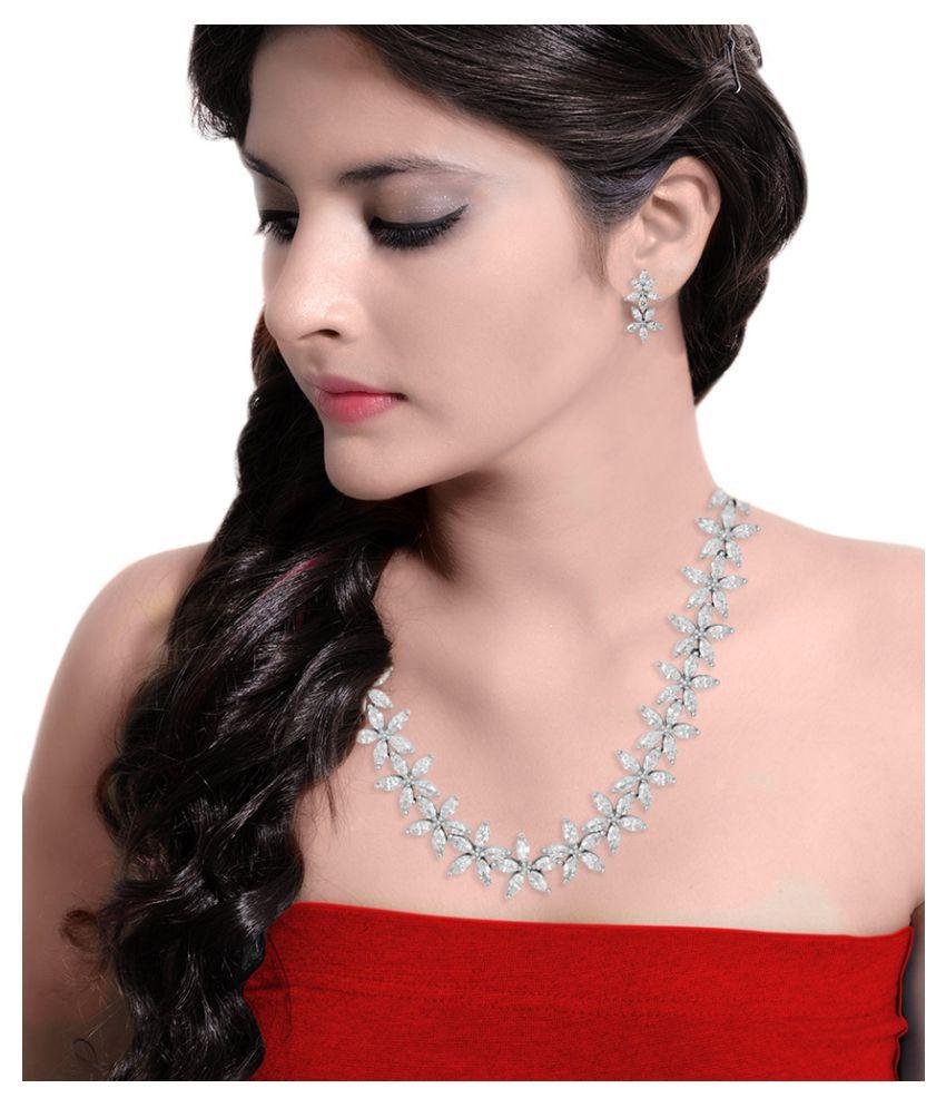 Voylla Floral Motif Necklace Set For Women