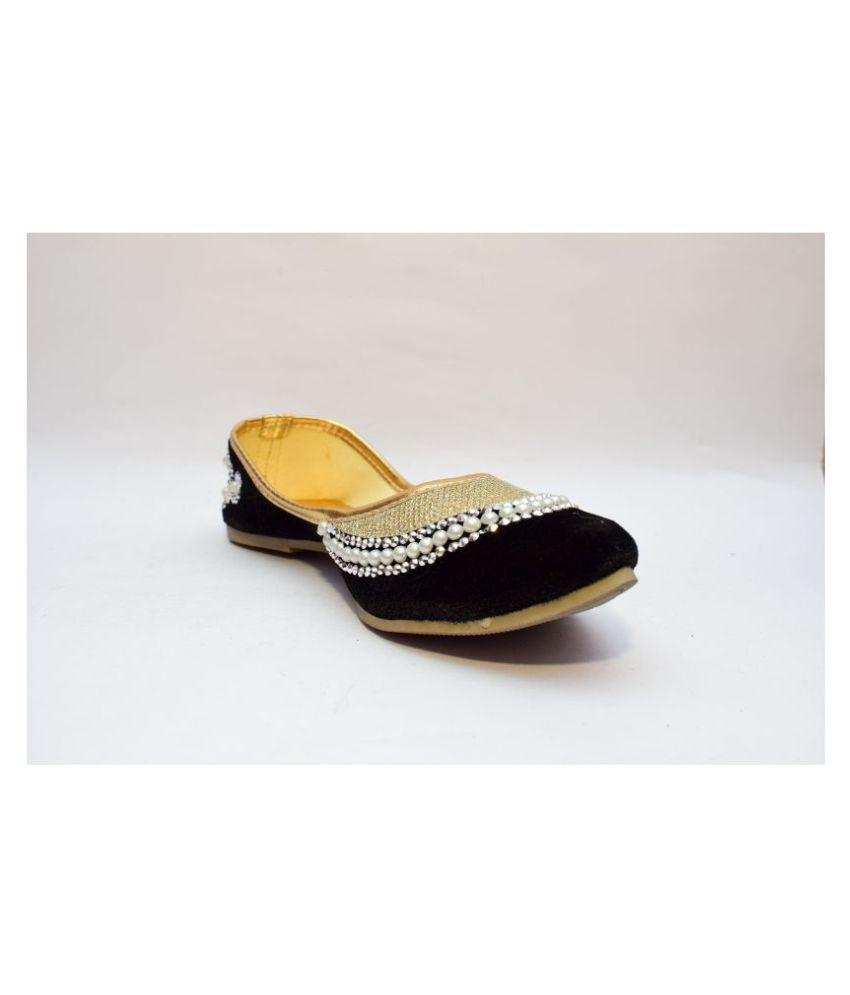 Gravity Sell Black Ethnic Footwear
