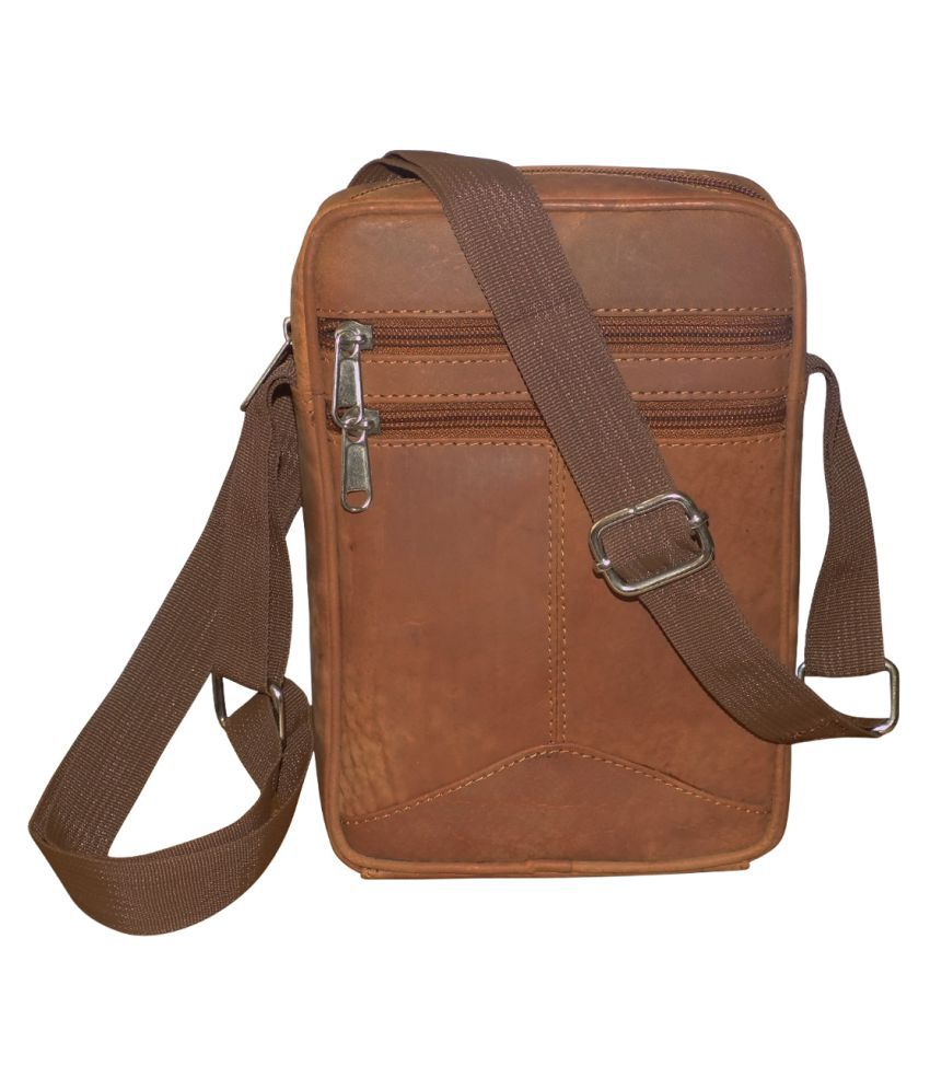 Style 98 Hunter Tan Leather Casual Messenger Bag