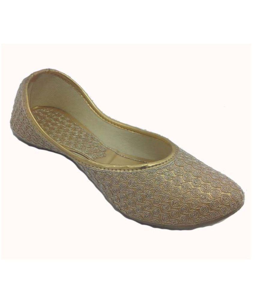 Ankita Gold Ethnic Footwear