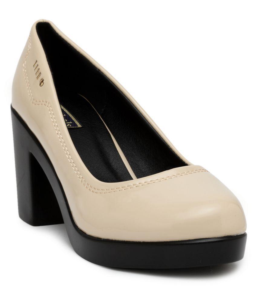 Flat n Heels Beige Block Heels