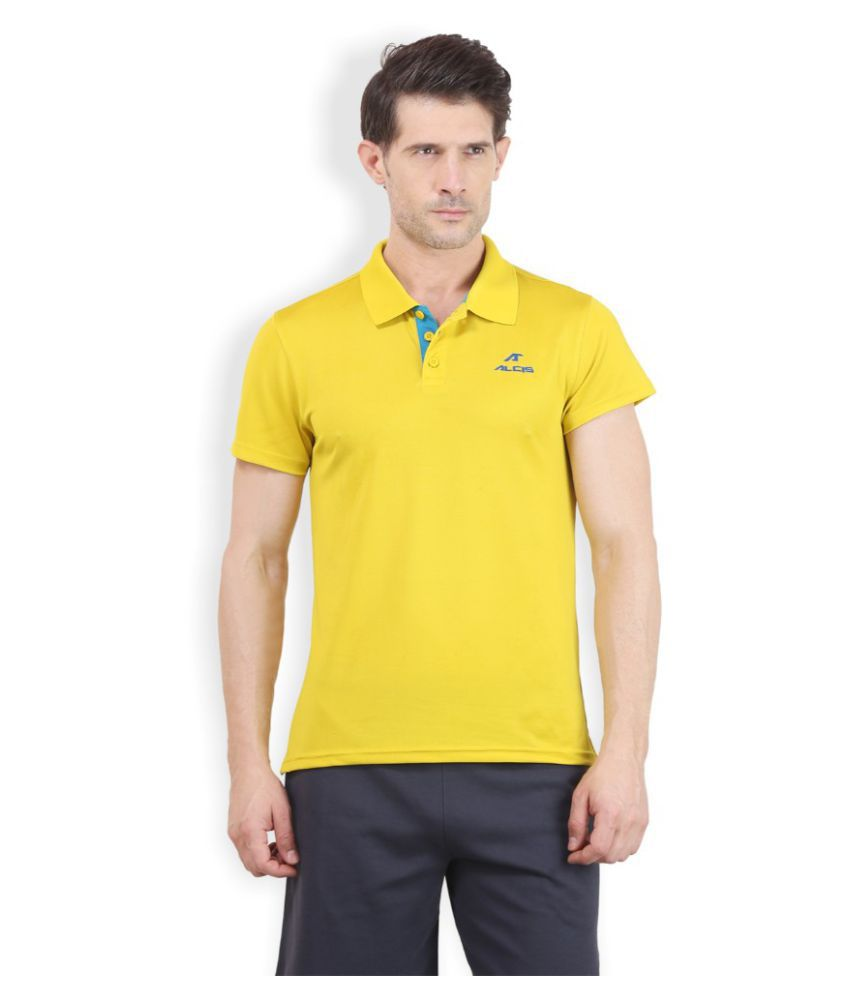 Alcis Men Solid Yellow Polo