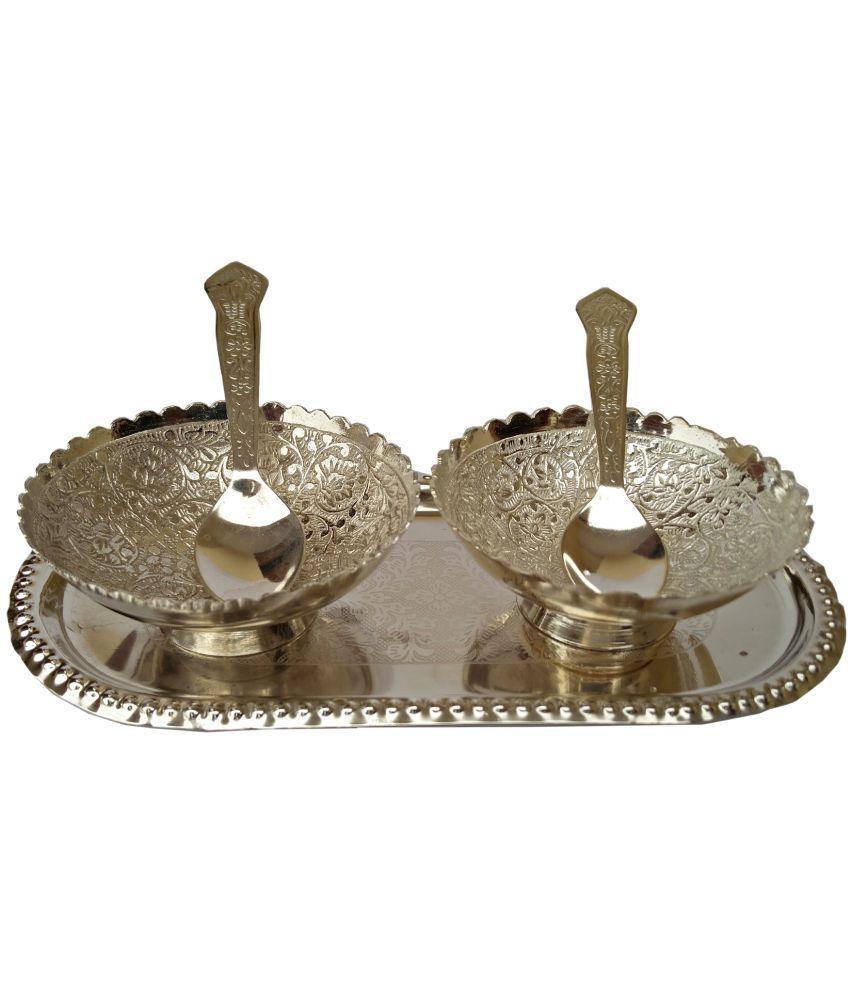 ARIHANTT Silver Aluminium Handicraft Showpiece - Pack of 1