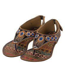 4ddcc4a5 Ethnic Shoes: Buy Wedding Shoes for Women Online at Best Prices in ...