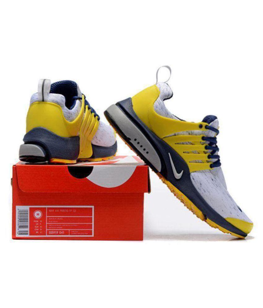 88e9b847588454 Nike Yellow Running Shoes - Buy Nike Yellow Running Shoes Online at ...