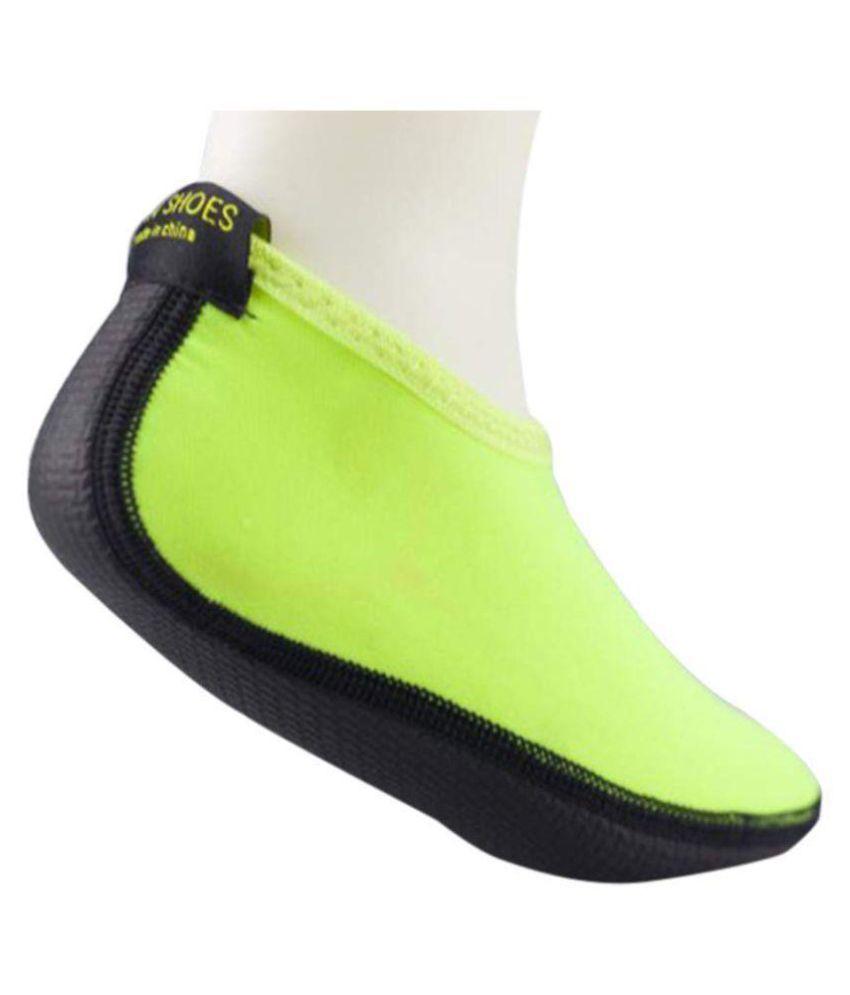6653cd498 Men Women Water Sport Shoes Nylon + Neoprene Mesh Aqua Socks Yoga Exercise  Pool Beach Dance Swim Slip Surfing Shoes  Buy Online at Low Price in India  - ...