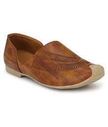 03d4ad402 Ethnic Footwear: Buy Ethnic Shoes and Footwear for Mens at Best ...