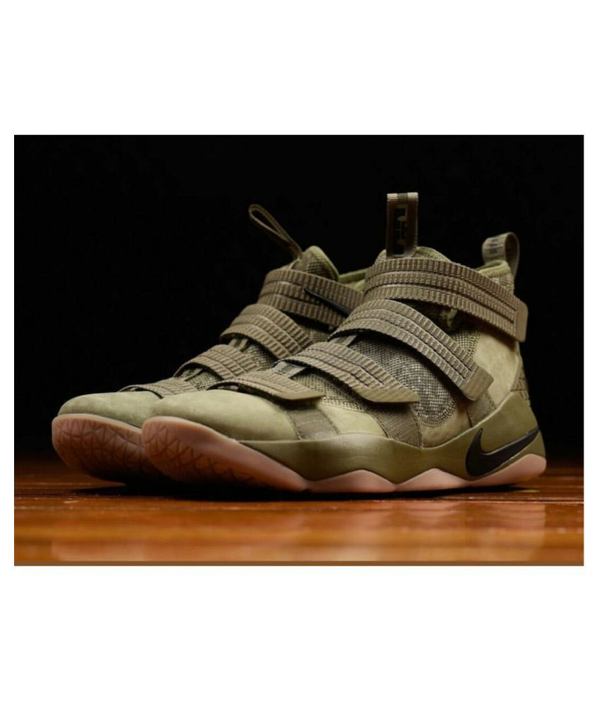 low priced 1ef50 b0e1d Nike LeBron Soldier 11 Green Running Shoes