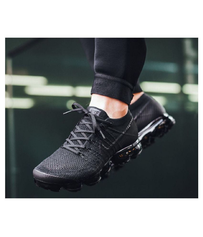 701d7fc234c Nike Air Vapormax Flyknit Black Running Shoes - Buy Nike Air Vapormax  Flyknit Black Running Shoes Online at Best Prices in India on Snapdeal