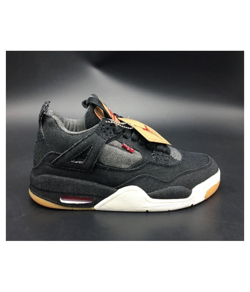 new concept 1ed21 99a6f Jordan 4 Retro