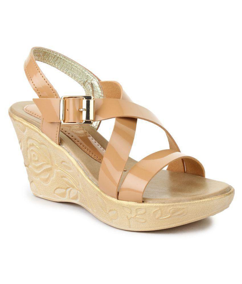 Beauty Queen Beige Wedges Heels