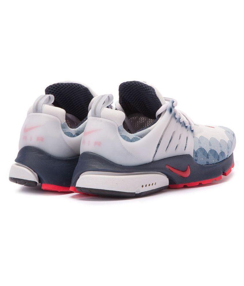 Están familiarizados binario Pico  Nike Air Presto U.S.A White Running Shoes - Buy Nike Air Presto U.S.A White  Running Shoes Online at Best Prices in India on Snapdeal