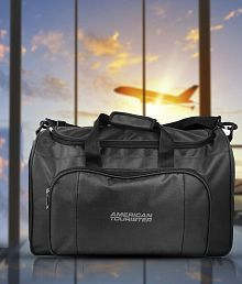 American Tousrister Polyester Travel Duffle Bag without trolley- Black Medium