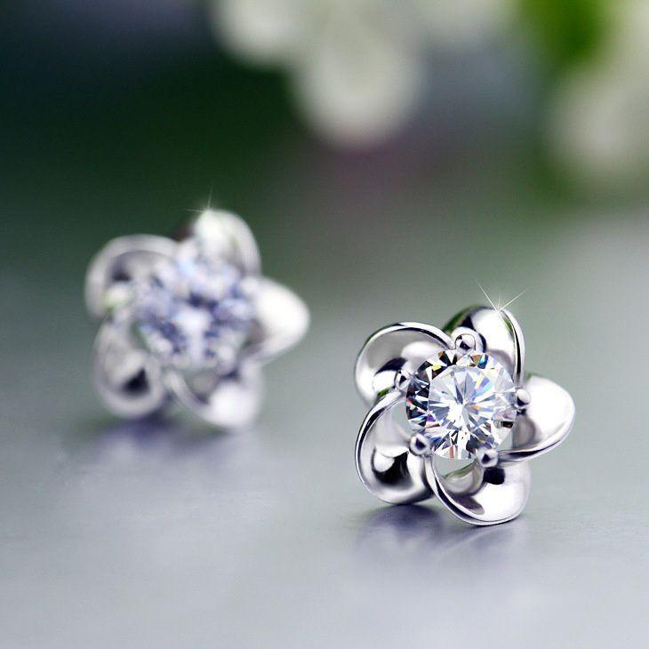 Classic flower earings Korean plum blossoms earrings Lovely plum earrings