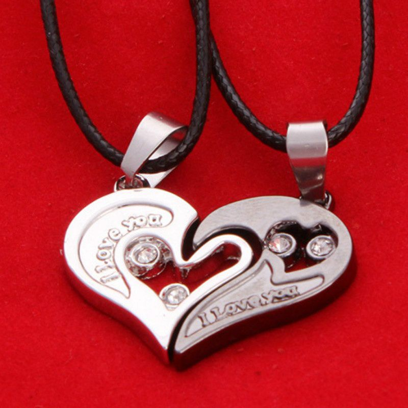 Single-minded Lovers Necklace Heart-shaped Diamond Pendant Pendant.