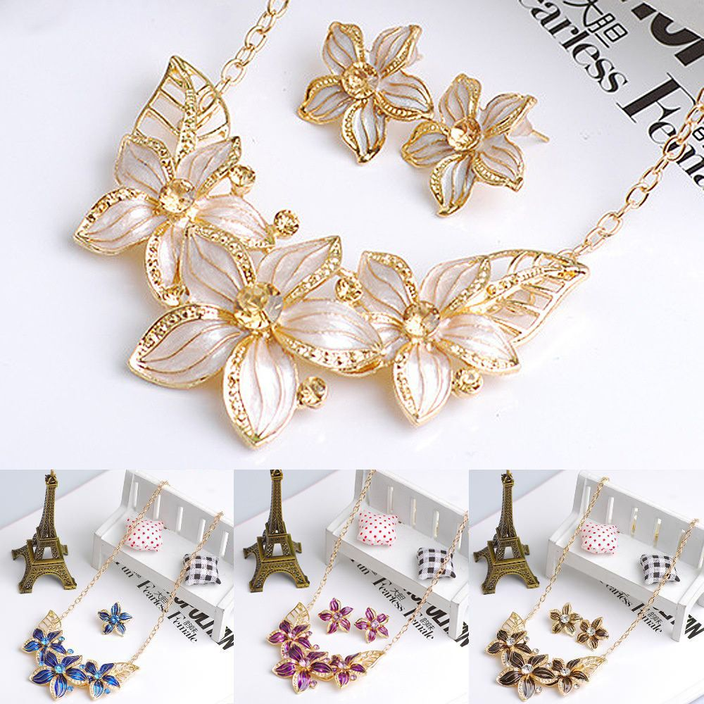 Women Rhinestone Flower Statement Pendant Necklace Earrings Jewelry Set