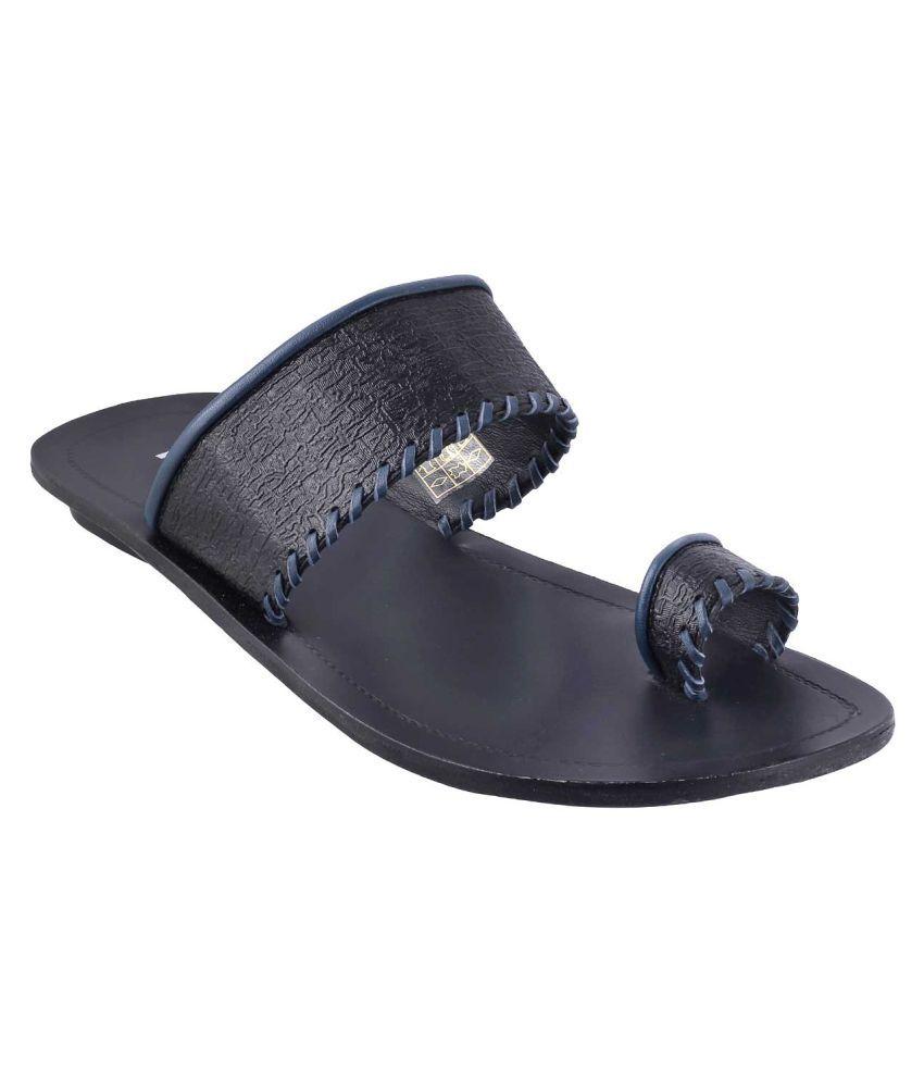 79dd7b6bfcd14 Mochi 16-9040-11-39-BLACK BLACK Sandals Price in India- Buy Mochi 16-9040-11-39-BLACK  BLACK Sandals Online at Snapdeal