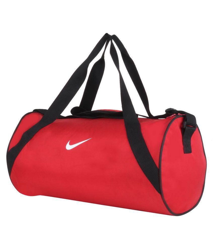 Nike Medium Nylon Gym Bag Travel Bag - Buy Nike Medium Nylon Gym Bag Travel Bag  Online at Low Price - Snapdeal 5213b1b0305c1