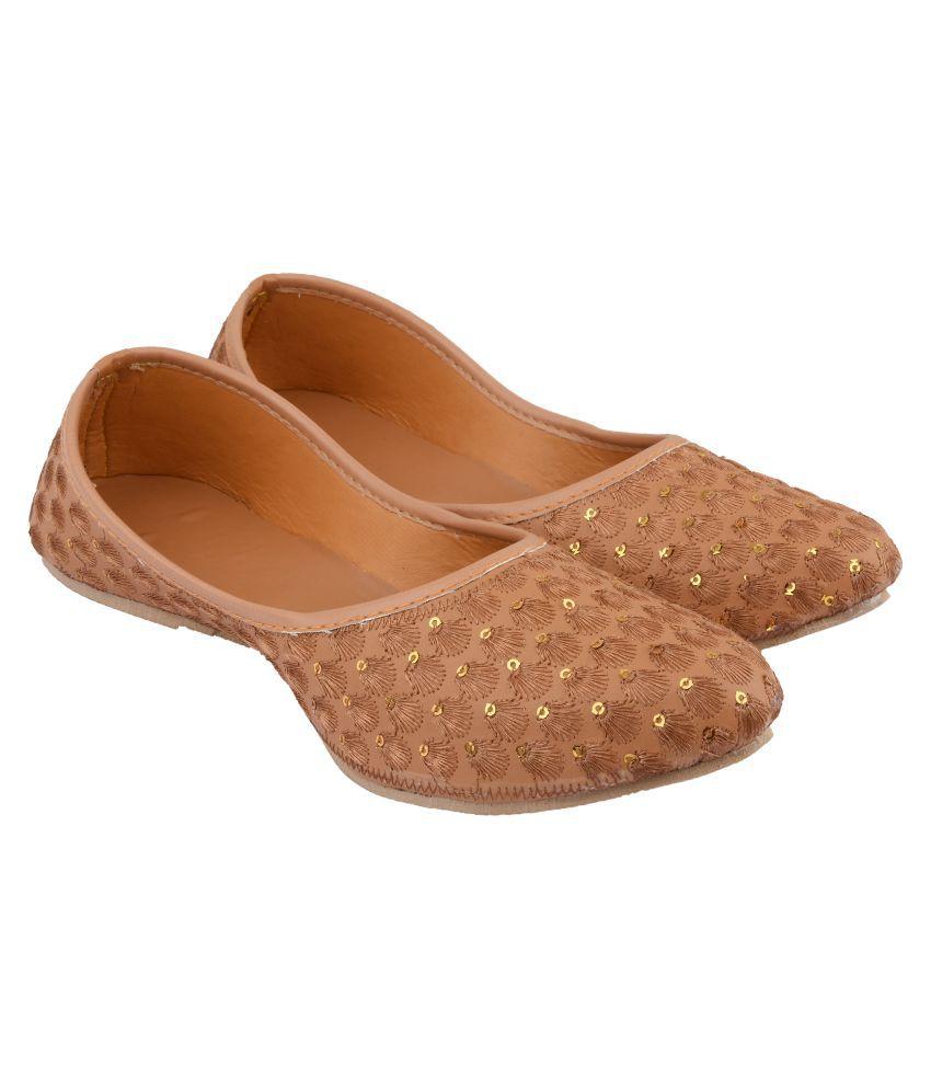 Mochdi Brown Ethnic Footwear