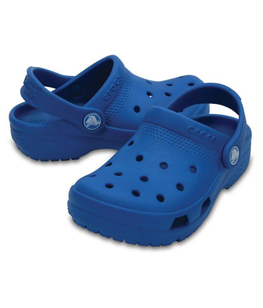 7c9626af1621 Crocs Blue Crocs Coast Clogs for Boys Price in India- Buy Crocs Blue ...