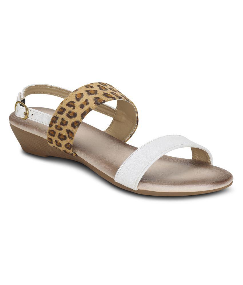 Get Glamr White Wedges Heels