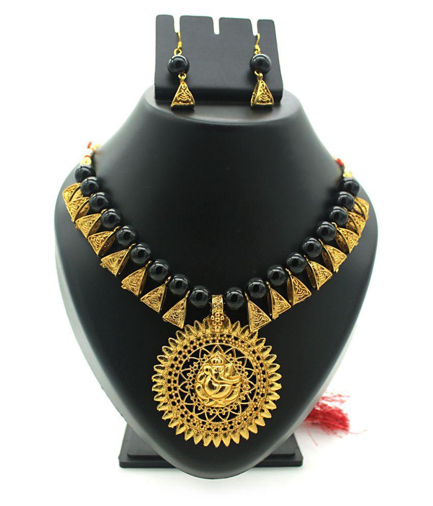 Indi Creation Necklace