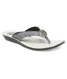 777cce47b1a0 Slippers   Flip Flops for Women  Buy Women s Slippers   Flip Flops ...