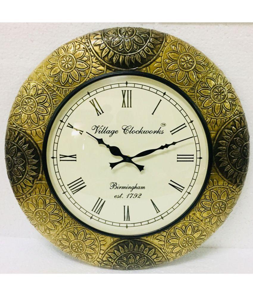 INDIAN HANDICRAFTS Circular Analog Wall Clock Raf-001 ( 45 x 45 cms )