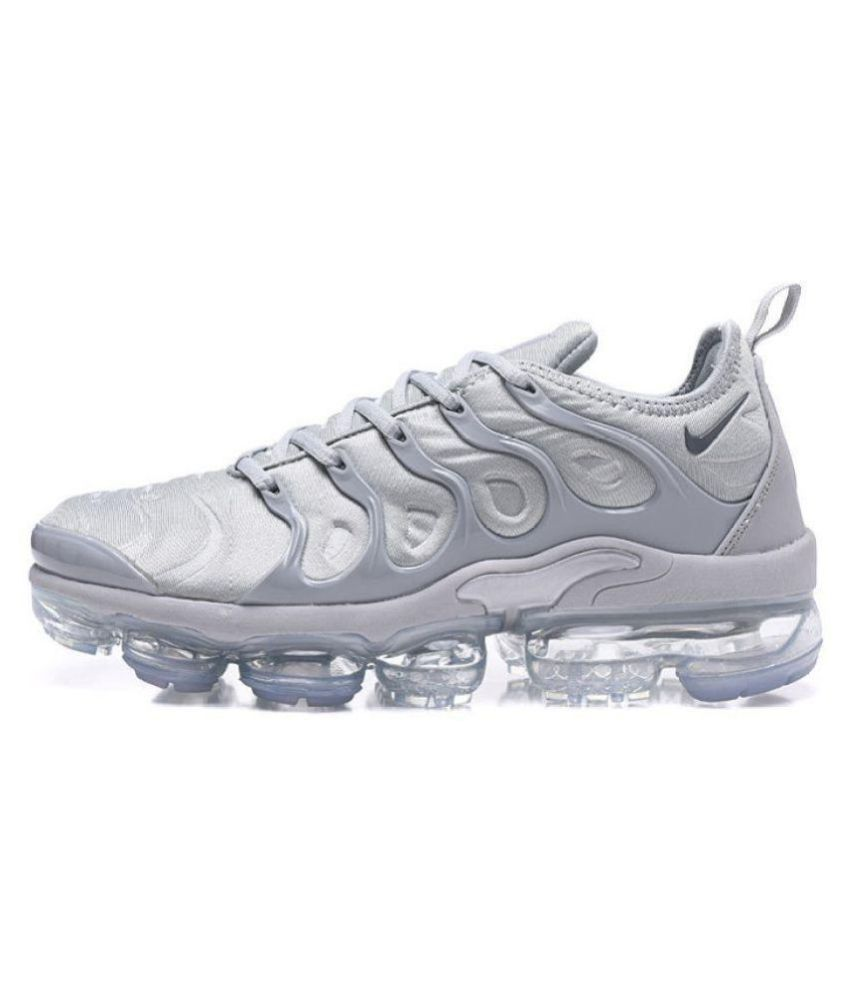 f8f377ff12 Nike Air 2018 Vapormax Plus Outdoor Silver Casual Shoes - Buy Nike Air 2018  Vapormax Plus Outdoor Silver Casual Shoes Online at Best Prices in India on  ...