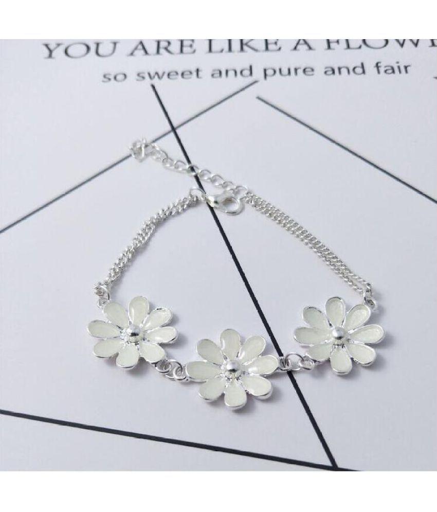 E-Commerce Accessories Hot Summer Night Flowers Star Peach Heart Luminous Chain Accessories B135