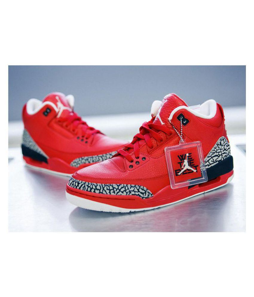 newest 815be 1692a NIKE JORDAN RETRO 3 Red Basketball Shoes - Buy NIKE JORDAN RETRO 3 Red  Basketball Shoes Online at Best Prices in India on Snapdeal