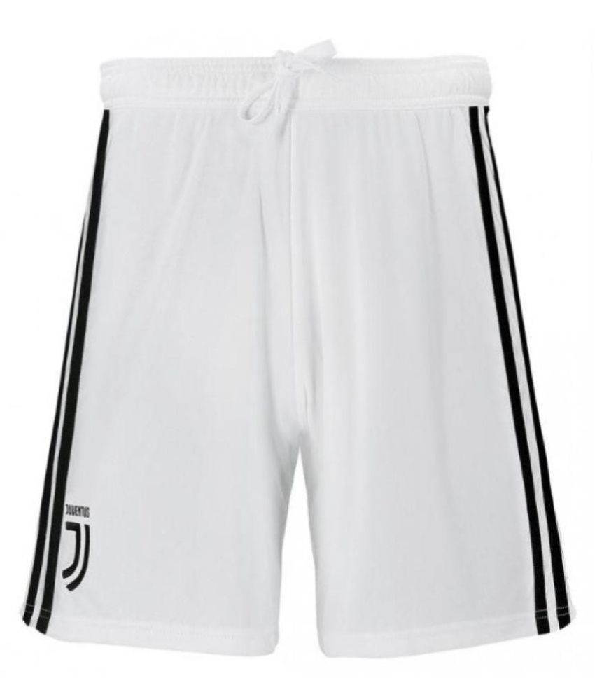 low priced 74b32 84a80 Juventus Ronaldo Jersey With Shorts Football Kit