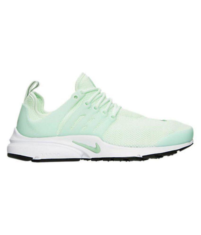 94c1e7c29 Nike Green Running Shoes Price in India- Buy Nike Green Running ...