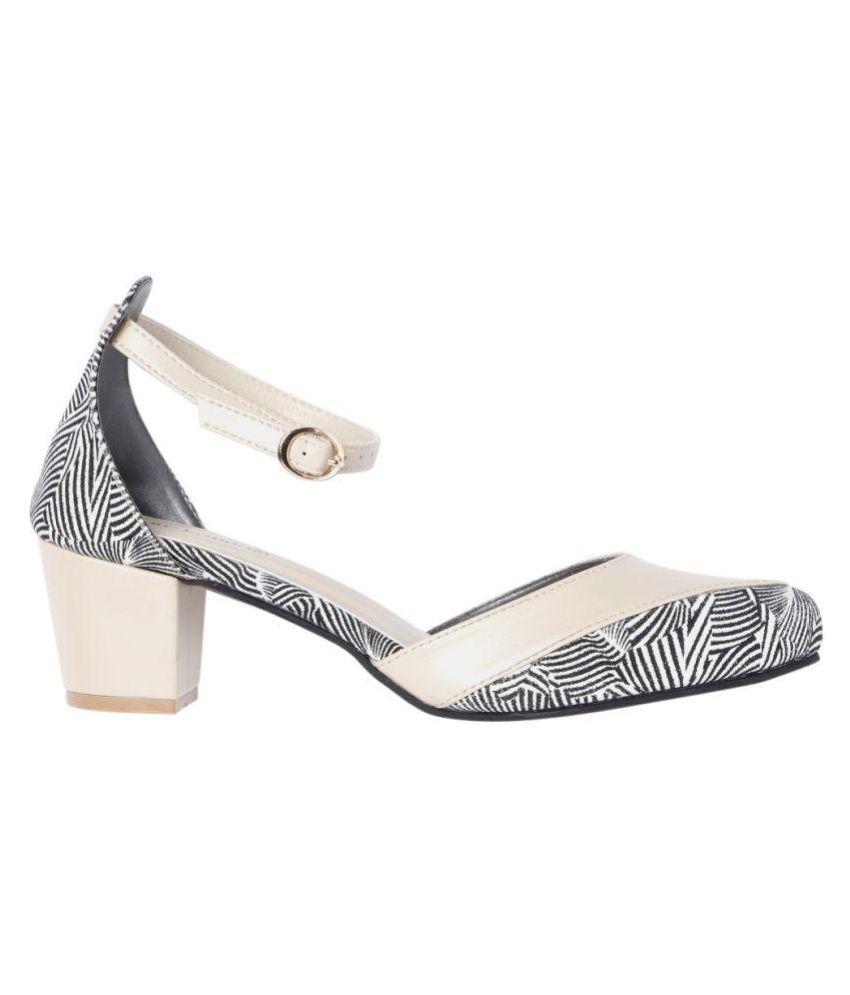 MARC LOIRE Cream Block Heels