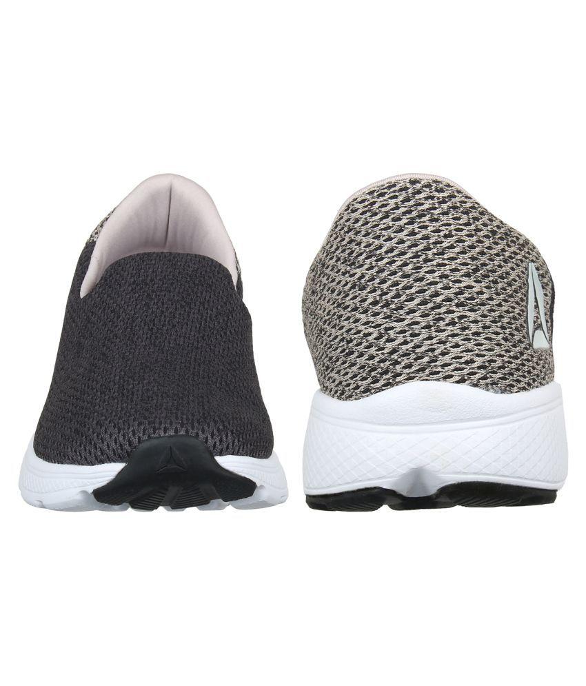 ed9695bf Reebok Zeal Walk Running Shoes Black: Buy Online at Best Price on ...