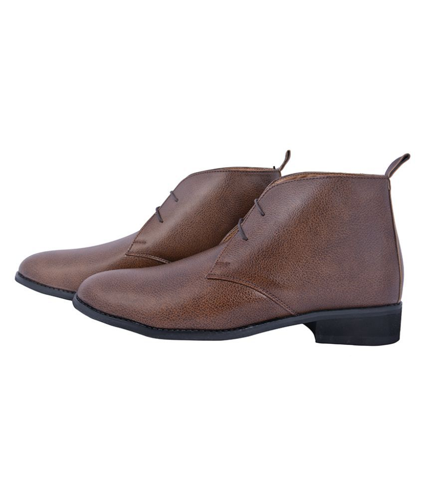 Elitous Brown Chukka boot