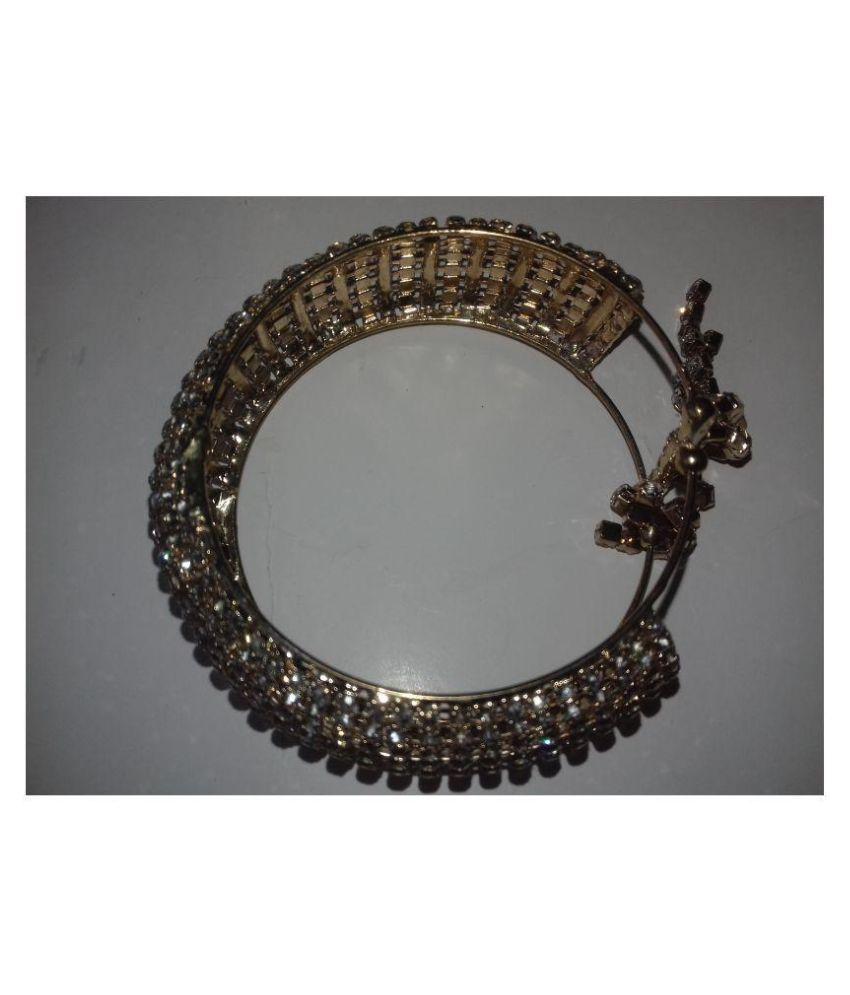 golden diamond bracelet