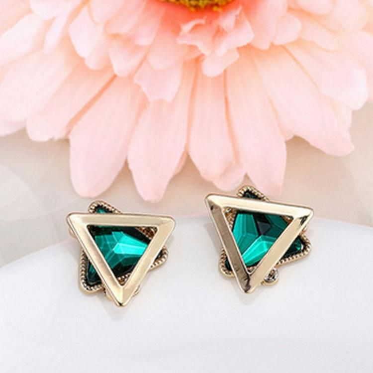 New simplified triangles of triangular gem crystal earrings