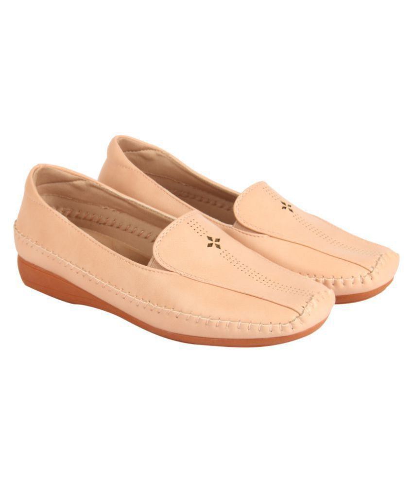 D SHOE LOUNGE Pink Casual Shoes