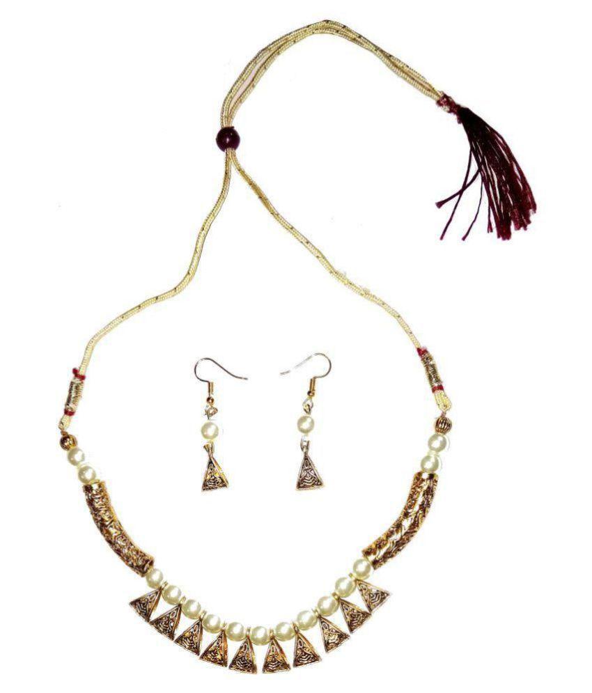 Shrungarika Alloy Golden Contemporary Contemporary/Fashion None Necklaces Set