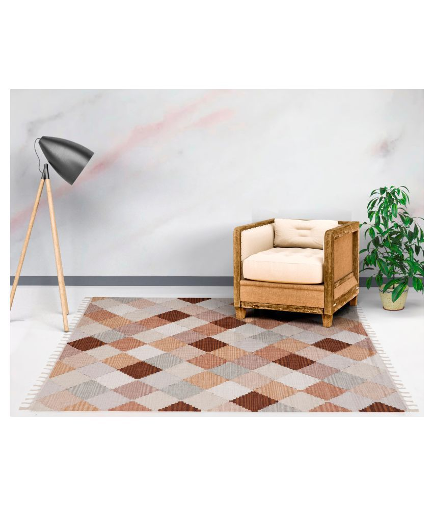 UB Home and Decor Beige Cotton Carpet Others 4x6 Ft
