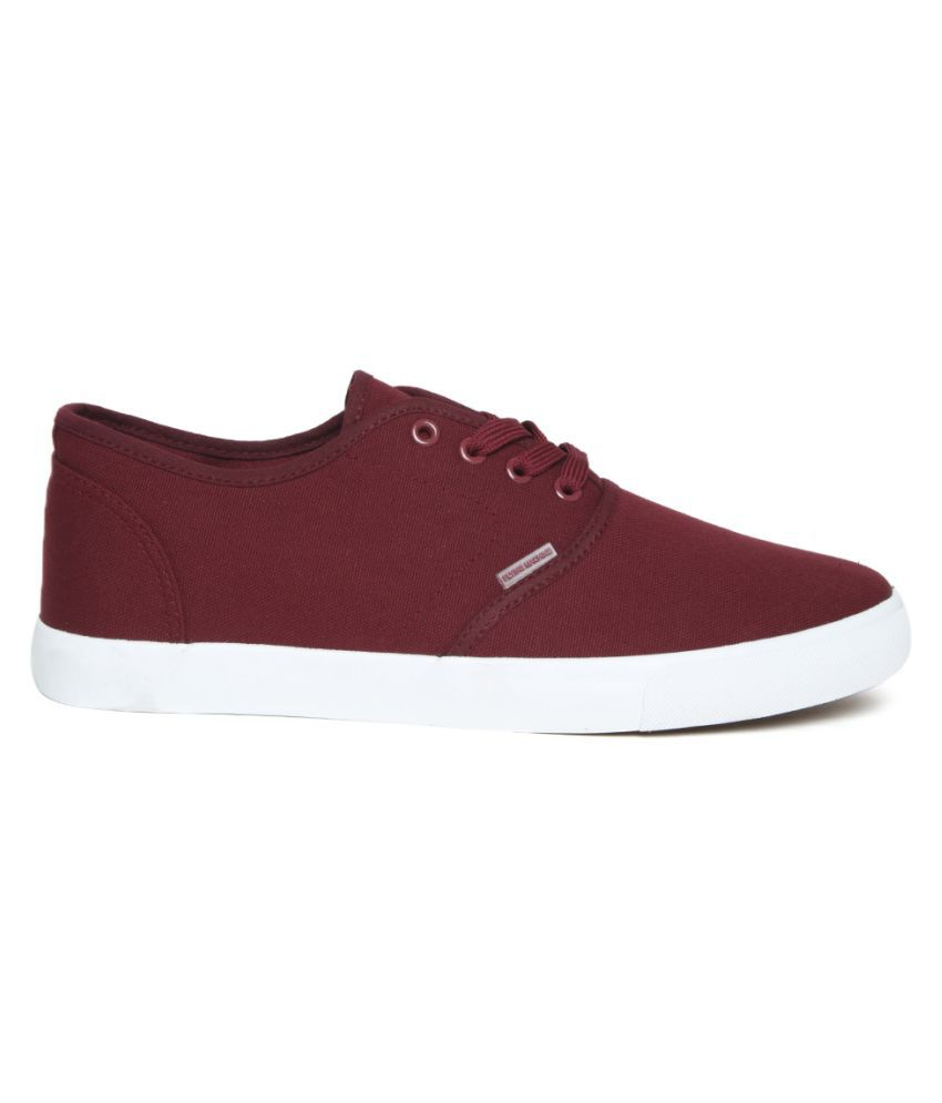 Flying Machine Sneakers Maroon Casual Shoes