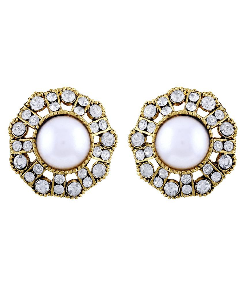 Asmitta Cluster Round Shape Gold Plated Stud Earring For Women