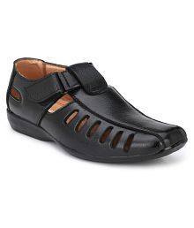 Aaravin's Black Synthetic Leather Sandals
