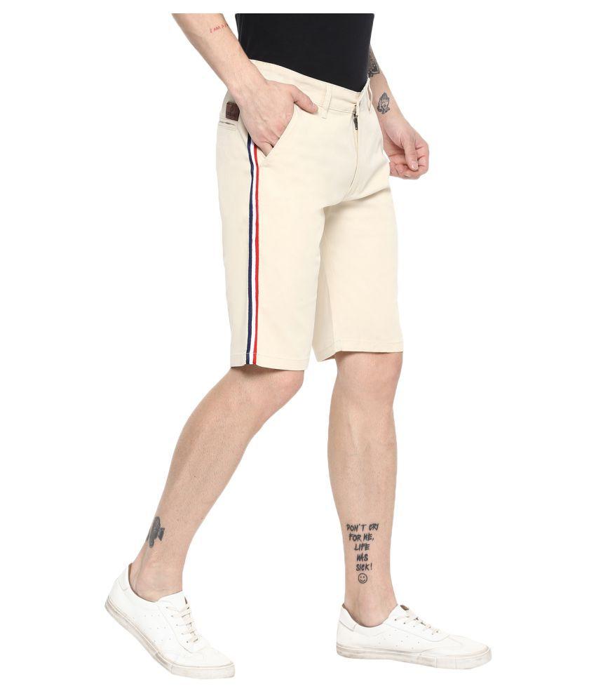 Urbano Fashion Off-White Shorts