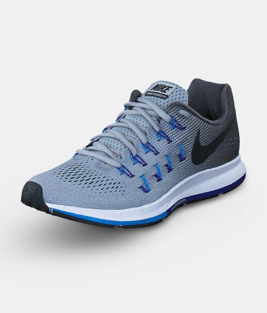 acheter populaire 52650 4cc04 Nike Gray Running Shoes