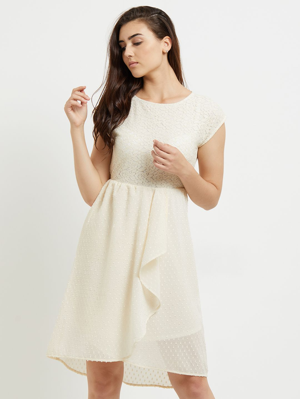 109 F Polyester Beige Regular Dress