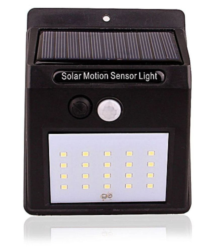 HUMSER 4W Solar Outdoor Wall Light - Pack of 1